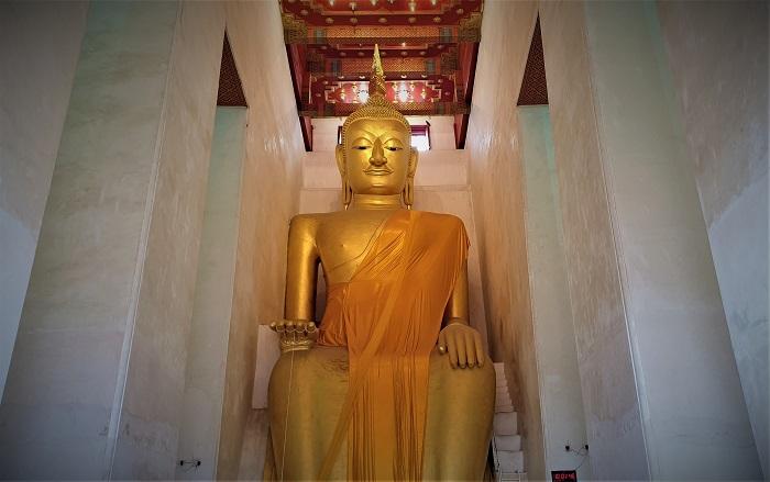 หลวงพ่อโต พระพุทธรูปปางป่าเลไลยก์ จ.สุพรรณบุรี